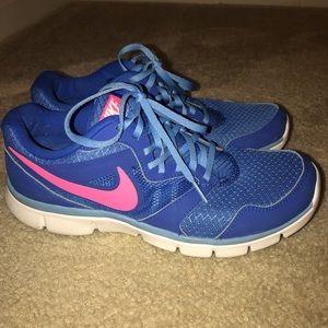 Nike 9.5 WORN TWICE